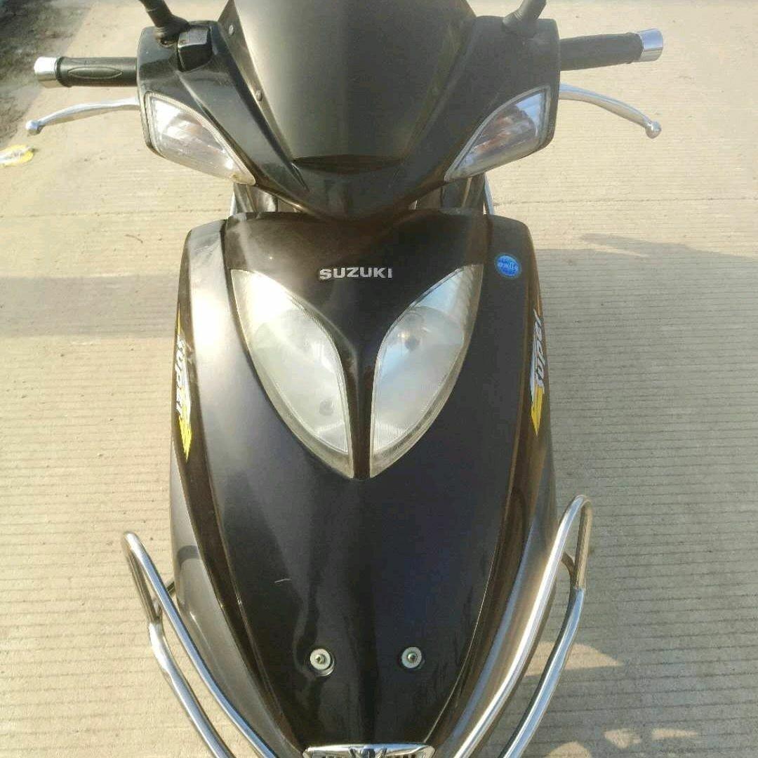 钱江110摩托车